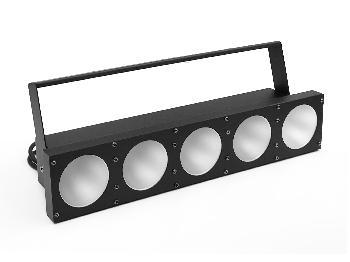 Barras con 5 leds de 30W de alta potencia con movimientos sincronizados que crean un excelente efecto visual.