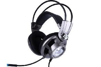 Auriculares Gaming Profesionales diseñados especialmente para largas sesiones de juego, con sonido virtual 7.1 envolvente, cascos ventilados para evitar el calor y atractivo diseño con luz led azul.